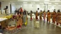 Burhaniye'de Defileli Kadınlar Günü Kutlaması