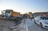 HAFRİYAT KAMYONU - Günyüzü'nde Trafik Kazası