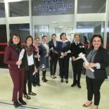 GAZİANTEP HAVALİMANI - Havalimanındaki Kadınlar Da Unutulmadı
