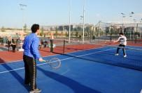 ENGELLİ SPORCU - İşitme Engelli Tenisçi Serhat, Azmiyle Milli Takıma Yükseldi