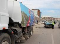 KEMAL ÖZTÜRK - Karabük'te Trafik Kazası Açıklaması 1'İ Ağır 2 Yaralı