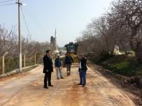 KOZANLı - Mezarlık Yoluna Kilit Parke Çalışması