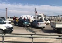 EBRAR - Samsun'da Trafik Kazası Açıklaması 3 Yaralı