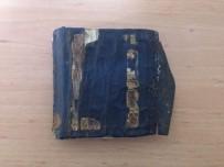TARİHİ ESER KAÇAKÇILIĞI - Araçtan Attıkları Poşetten El Yazması Kuran-I Kerim'i Çıktı
