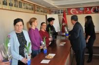 NASREDDIN HOCA - Başkan Akkaya'dan Kadınlara Çiçek