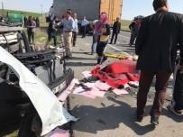 İpekyolu'nda Trafik Kazası Açıklaması 1 Ölü, 10 Yaralı