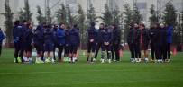 EMRE BELÖZOĞLU - Medipol Başakşehir, Atiker Konyaspor Maçı Hazırlıklarını Sürdürüyor