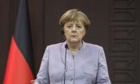 LİDERLER ZİRVESİ - Merkel 'Nazi' Benzetmesine Bozulmuş