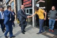 AK Parti'li Vekil Gürcistan'da 'Evet' Turuna Çıktı
