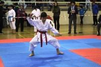 NAMIK KEMAL NAZLI - Ayvalık'ta Türkiye Karate Grup Şampiyonası Heyecanı Başladı