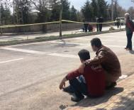 EMNIYET ŞERIDI - Babadan Kazada Ölen 5 Yaşındaki Oğluna Son Bakış
