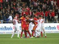SERDAR ÖZKAN - Gergin Maçta Kazanan Antalya!
