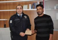 GARIBAN - Hamallık Yapan Vatandaş Bulduğu Parayı Polise Teslim Etti