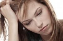DERMATOLOJİ - Kaşlarınızı Sürekli Ovuşturmayın
