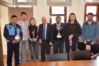 OKYANUS - Okyanus Su Sporları Kulübü Sporcularından Başkan Eşkinat'a Ziyaret