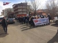Ardahan TÜGVA'dan 'Türkiye İçin Evet' Yürüyüşü