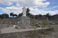 HÜSEYİN KAPLAN - Aristo Heykeli Yenilendi