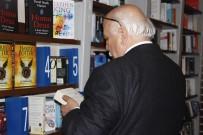 NABI AVCı - Bakan Avcı Basın Mensuplarına Kitap Hediye Etti