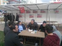 CHP'liler Saldırı Yapıldığı İddia Edilen 'Evet' Çadırını Ziyaret Etti