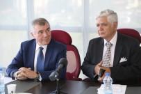 EMEKLİ BÜYÜKELÇİ - Emekli Büyükelçi Ünal Çeviköz, GAÜ'nün Konuğu Oldu