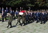 TÜRK POLİS TEŞKİLATI - Emniyet Personeli Anıtkabir'i Ziyaret Etti
