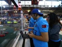 Gültepe öğrencileri ABD'deki robot yarışmasından iki ödülle dönüyor