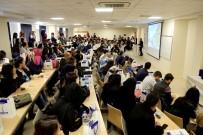 HUKUK FAKÜLTESI - İş Adamları HKÜ Öğrencilerinin Kariyer Planlarına Destek Oluyor