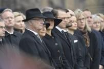 BAŞSAĞLIĞI MESAJI - İsveç'te terör kurbanları için saygı duruşu