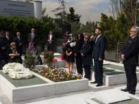 TÜRKAN SABANCı - Sakıp Sabancı, Vefatının 13'Üncü Yılında Mezarı Başında Anıldı