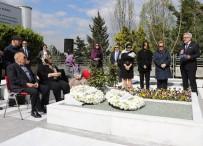 GÜLER SABANCı - Sakıp Sabancı Vefatının 13. Yılında Mezarı Başında Anıldı