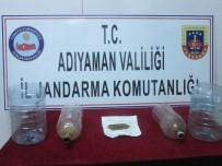 KENT ORMANI - Uyuşturucu Kullanan Kişiler Jandarma Tarafından Yakalandı
