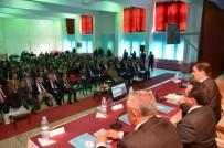 Vali Arslantaş, Refahiye'de Muhtarlar İle Bir Araya Geldi