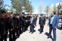BAYBURT ÜNİVERSİTESİ REKTÖRÜ - Vali İsmail Ustaoğlu İl Emniyet Müdürlüğü'nü Ziyaret Etti