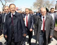 MEHMET ÖZHASEKI - Bakan Özhaseki Kayseri'de Esnafı Gezdi, Pastırma Kesti