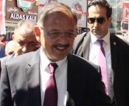 DENİZ BAYKAL - Bakan Özhaseki Kılıçdaroğlu'na Yüklendi
