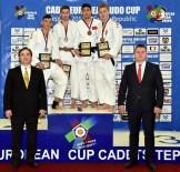 AVRUPA KUPASI - Başarılı Judocu Şişmanlar Avrupa Üçüncüsü Oldu
