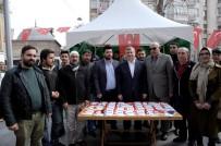 Başkan Akyürek, 'EVET' Çadırlarını Ziyaret Etti