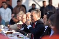 KAMU YARARı - Başkan Uysal'dan İşçilere Kahvaltı