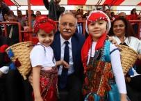 SMYRNA - Bayraklı'da 23 Nisan'a Özel Derya Uluğ Konseri