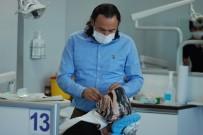 DİŞ FIRÇALAMA - Doç. Dr. Ümit Yolcu Açıklaması 'Ağız Sağlığı İçin Diş Bakımına Dikkat Edilmeli'
