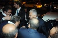 KLASİK ARABA - Havalimanı Taksicilerinden Başbakan'a Konvoylu 'Evet' Desteği