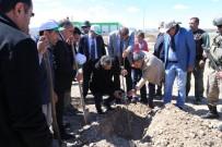 TURGAY ALPMAN - Iğdır' Ağaç Dikim Kampanyası