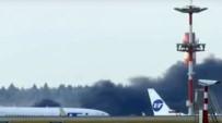 HAVALİAMANI - Moskova'da havalimanından dumanlar yükseliyor