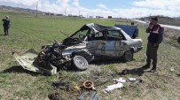 Otomobil Kamyonla Çarpıştı Açıklaması 1 Yaralı