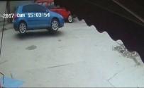 RÖGAR KAPAĞI - Rögar Kapağı Otomobili Perte Çıkardı