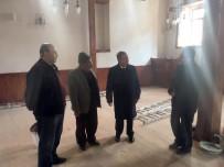 Vali Tapsız, Tadilat Çalışmaları Süren Demirciler Camisini İnceledi