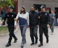 ŞAFAK VAKTI - Adana'da DEAŞ Operasyonunda Gözaltına Alınan 19 Kişi Adliyeye Sevk Edildi