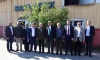 KAÇAK YAPILAŞMA - Başkan Karaosmanoğlu, Güç Plastik Fabrikasını Ziyaret Etti