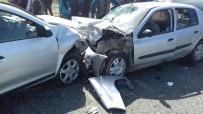 Elazığ'da Trafik Kazası Açıklaması 8 Yaralı
