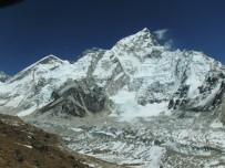 EVEREST DAĞı - Everest Dağı'nın Yüksekliği Yeniden Ölçülecek